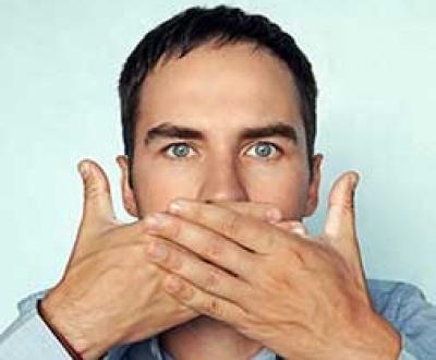 Cómo quitar la afonía y cuidar la voz